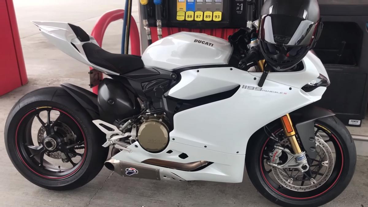 Comment bien entretenir et nettoyer sa moto ?