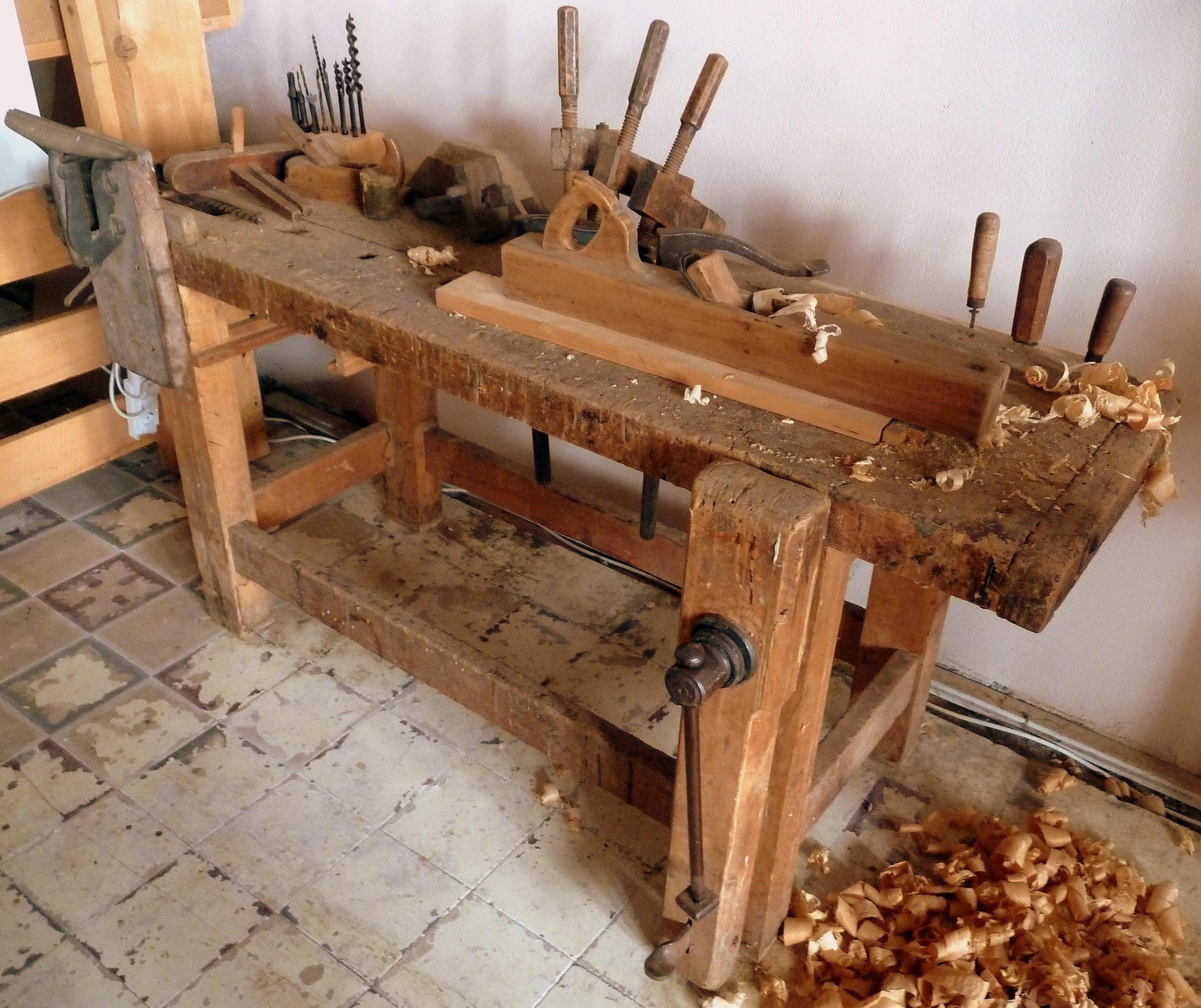 Quels critères de sélection pour choisir un bon artisan menuisier ?